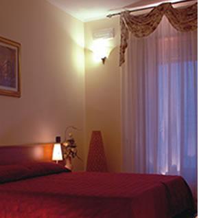 La Terrazza Del Quadrifoglio Hotel Hotel Brindisi - Tariff ...