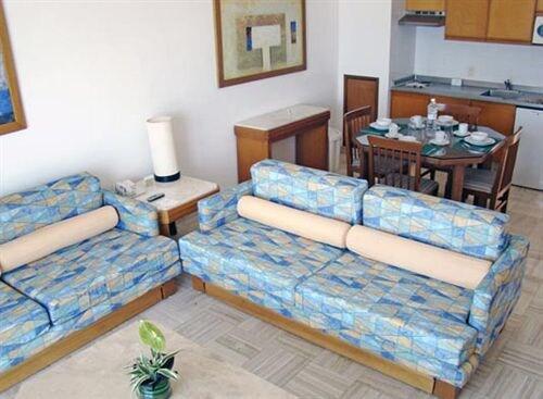 Ocean Breeze By Sea Garden Hotel Nuevo Vallarta Tariff Reviews
