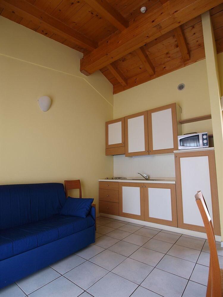 Residence Hotel Le Terrazze Sul Lago Padenghe Sul Garda - Tariff ...