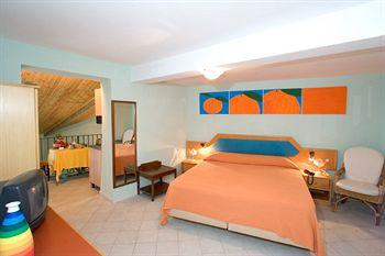 Residence Le Terrazze Hotel Sorrento - Tariff, Reviews, Photos ...