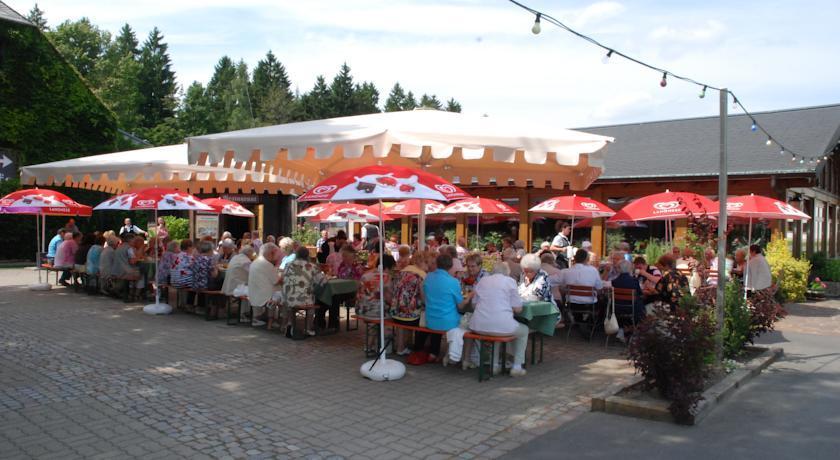 R Ubersch Nke Hotel Oederan - Tariff, Reviews, Photos, Check In ...