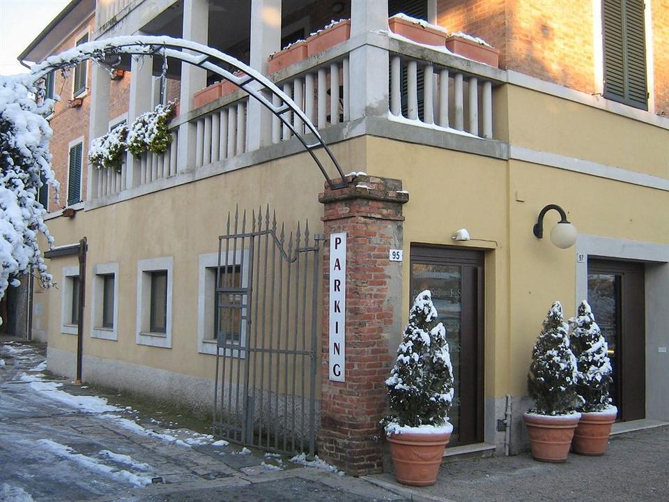 Beautiful Soggiorno Lo Stellino Siena Contemporary - Design Trends ...