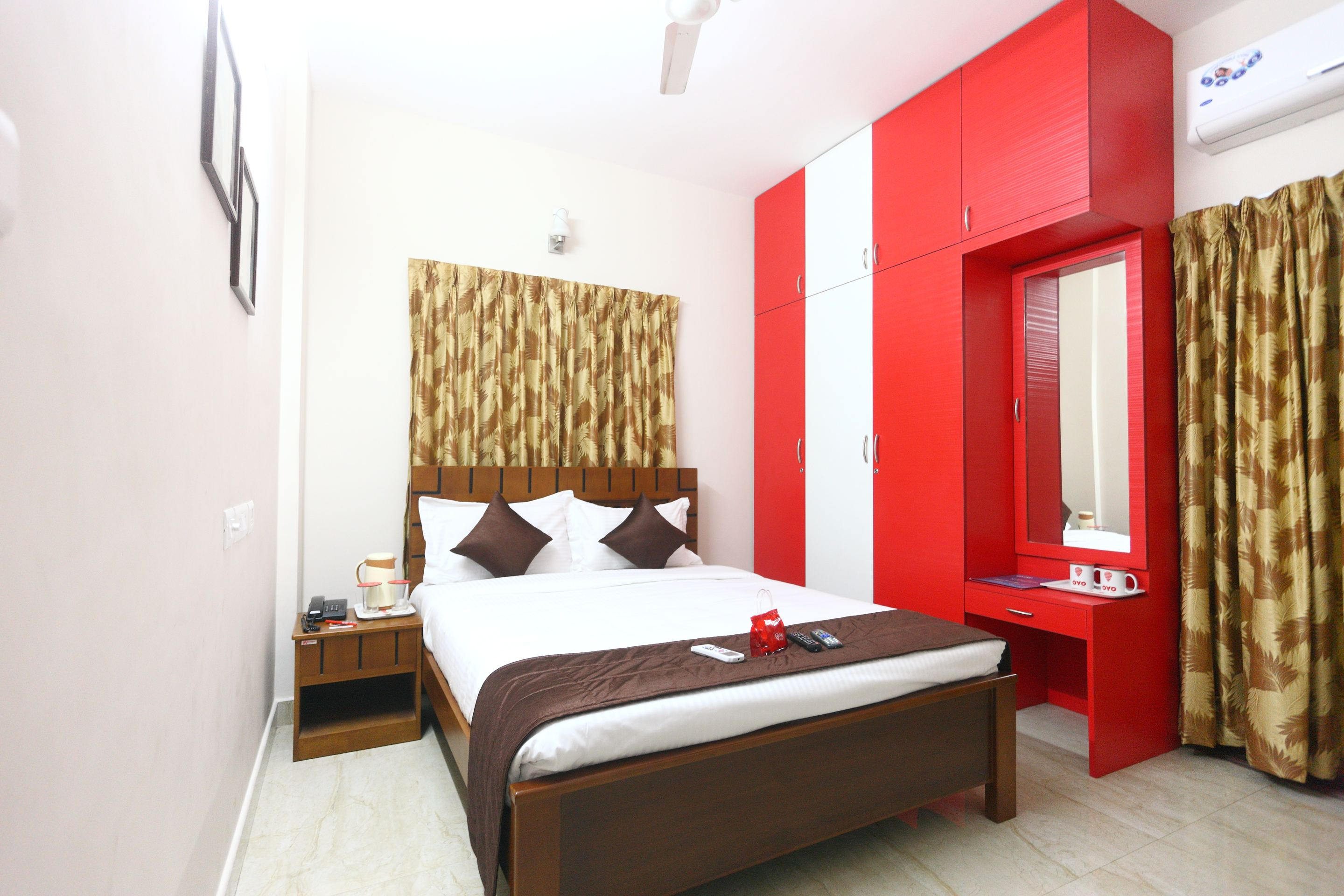 OYO Apartments New Town City Centre 2