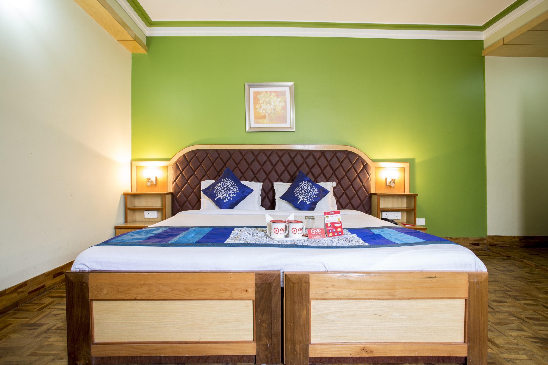 OYO Rooms MG Marg 6
