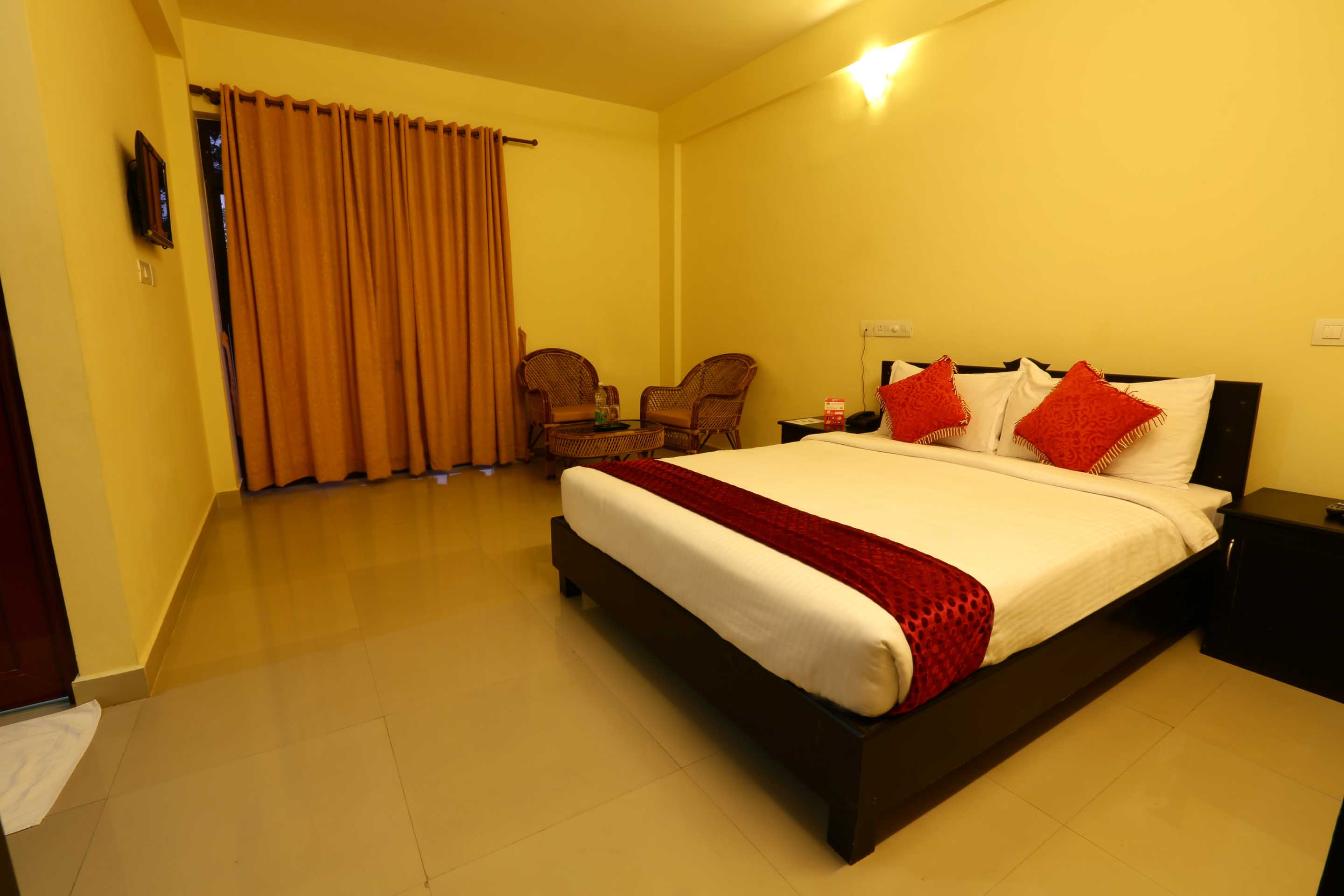 OYO Rooms Kallar Waterfalls