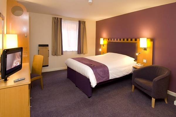 Premier Inn Chester Central (North)
