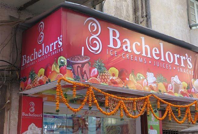 Bachelorr's