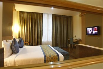 Clarks Inn Suites
