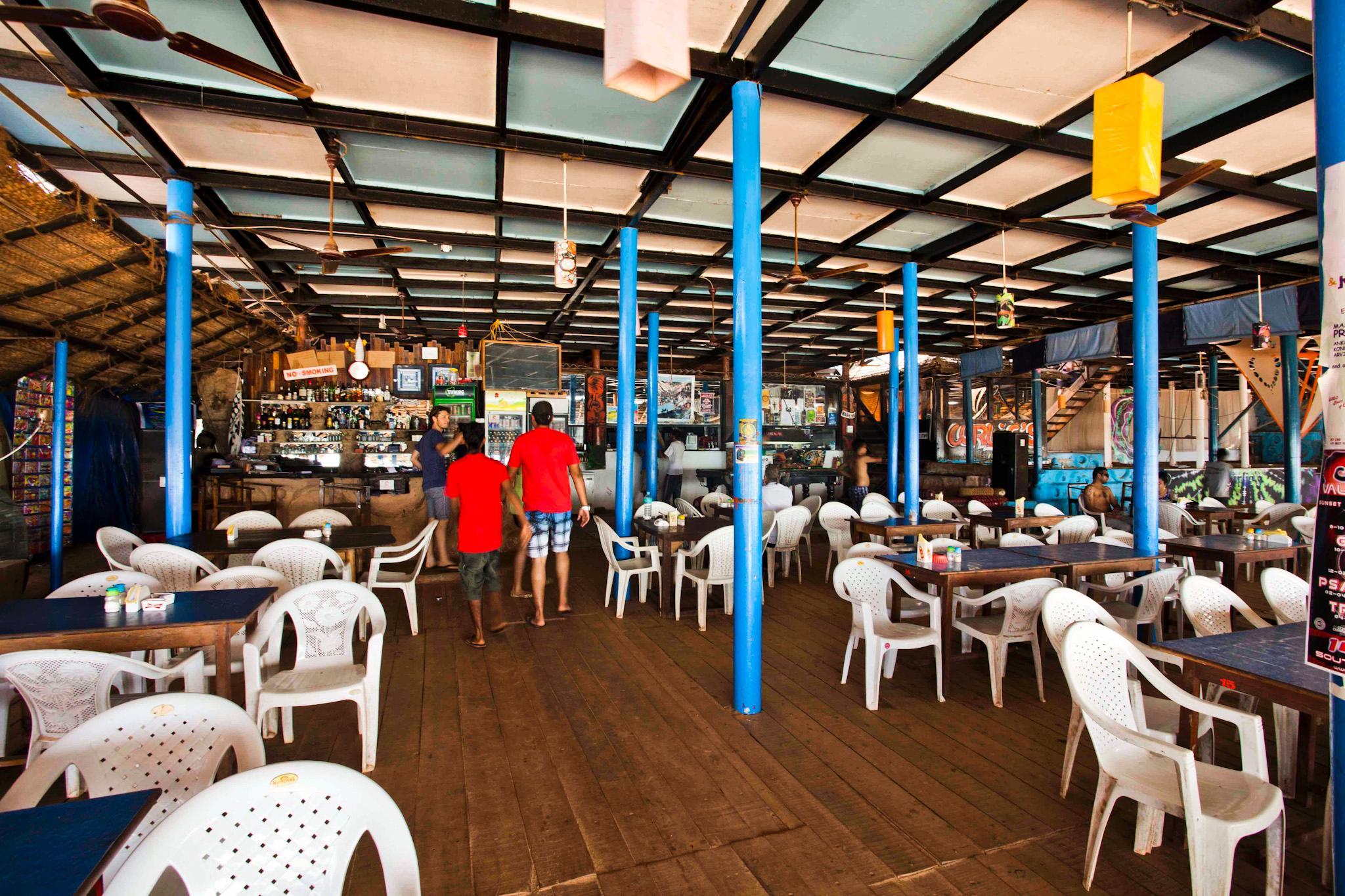 Curlies Bar and Restaurant