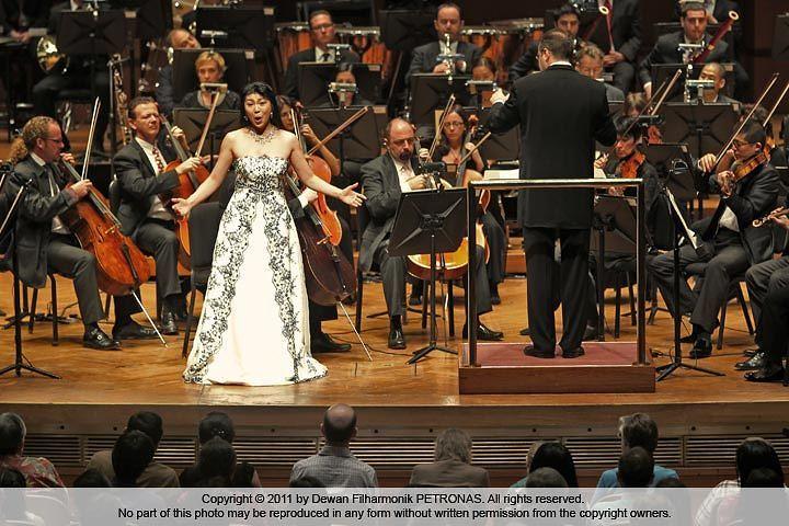 Dewan Filharmonik (Malaysian Philharmonic Orchestra)