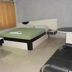 Hotel Rainbow Residency