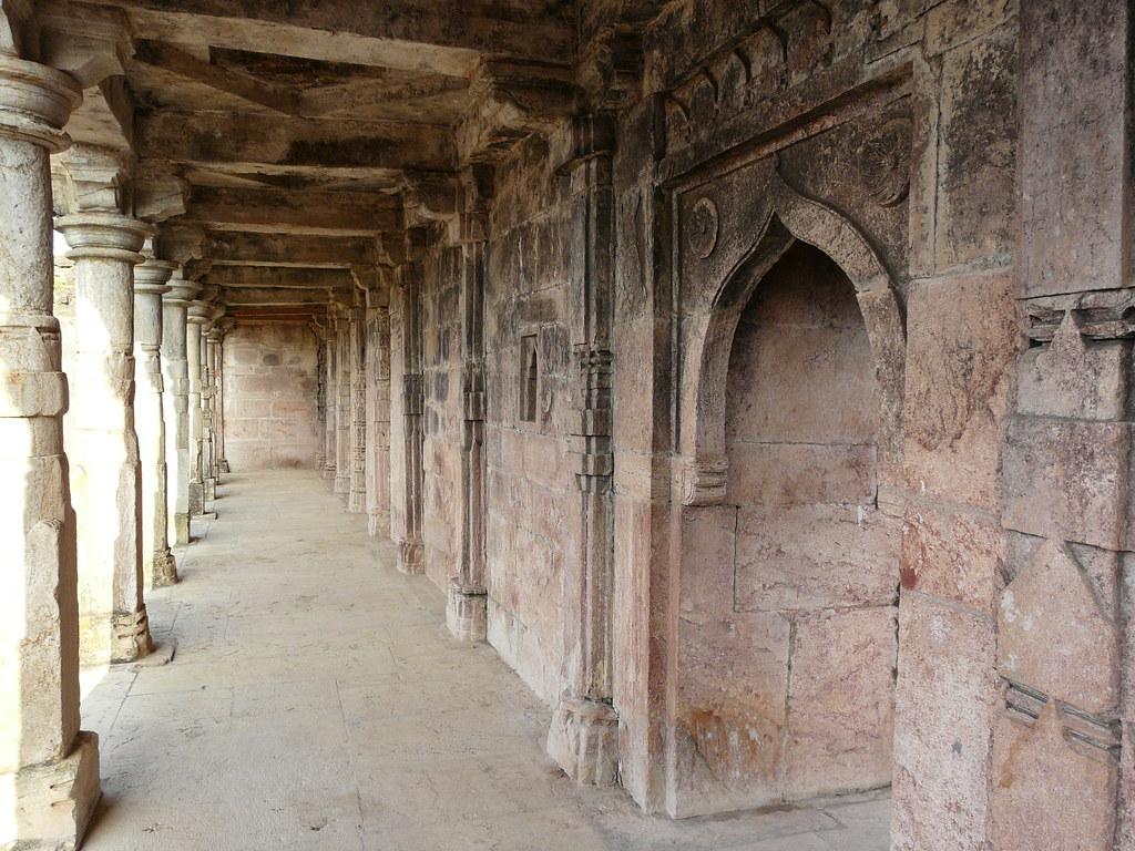 Dilawar Khan's Mosque