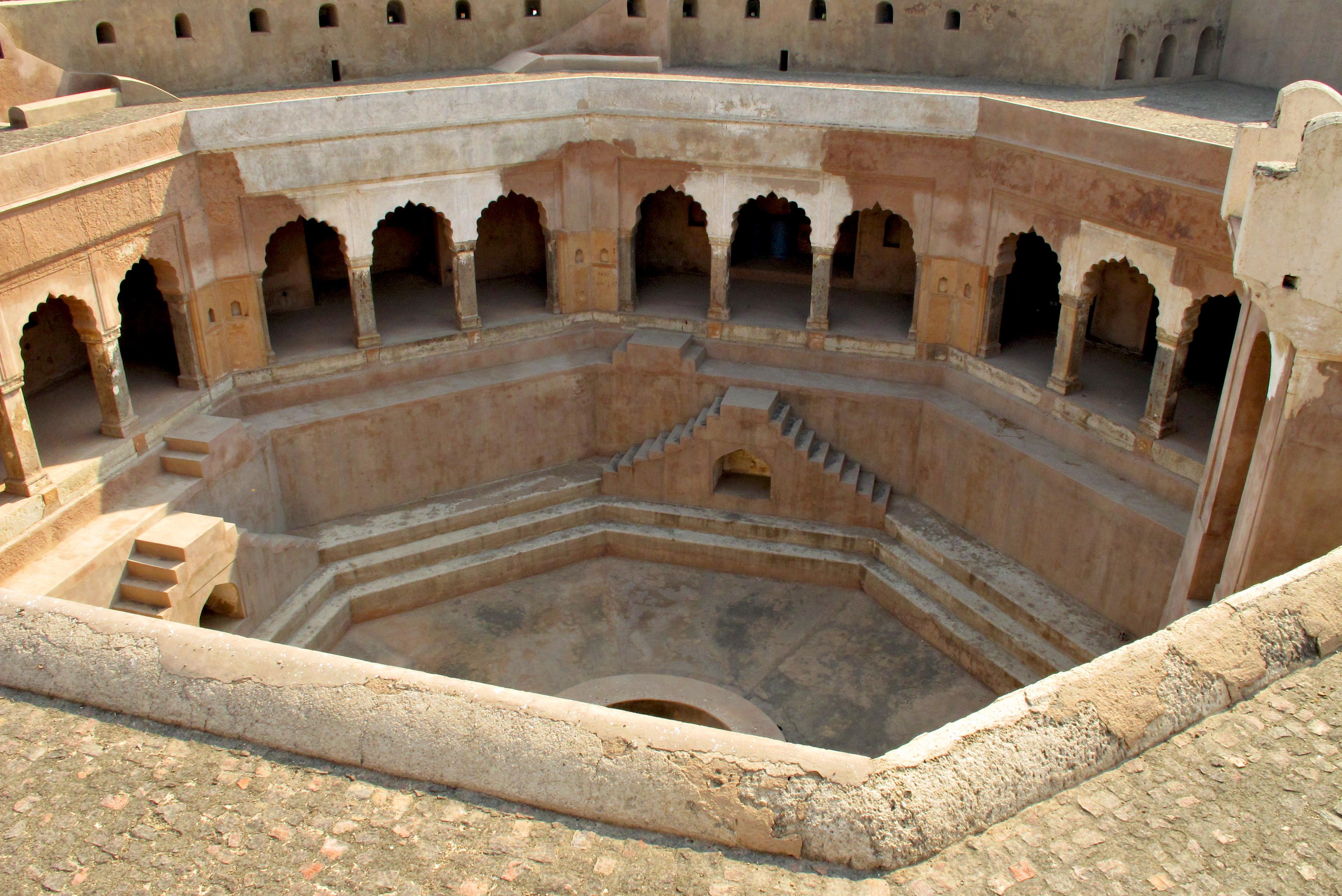 Farrukh Nagar Fort
