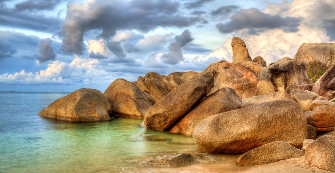 Hin Ta and Hin Yai Rocks