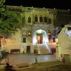 Hotel Radhika Haveli