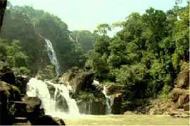 Hudru Falls