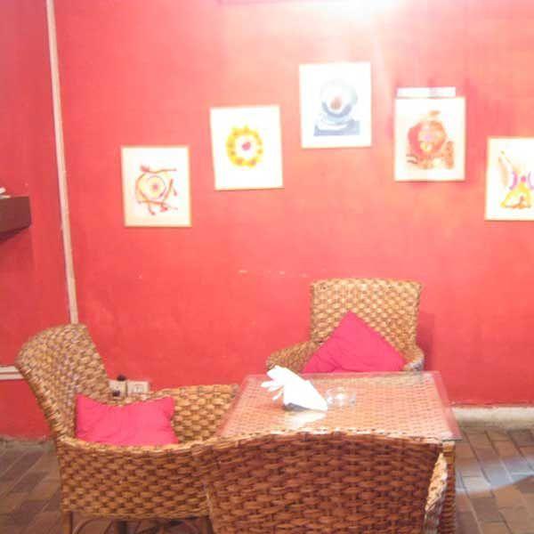 Nox Cafe & Lounge