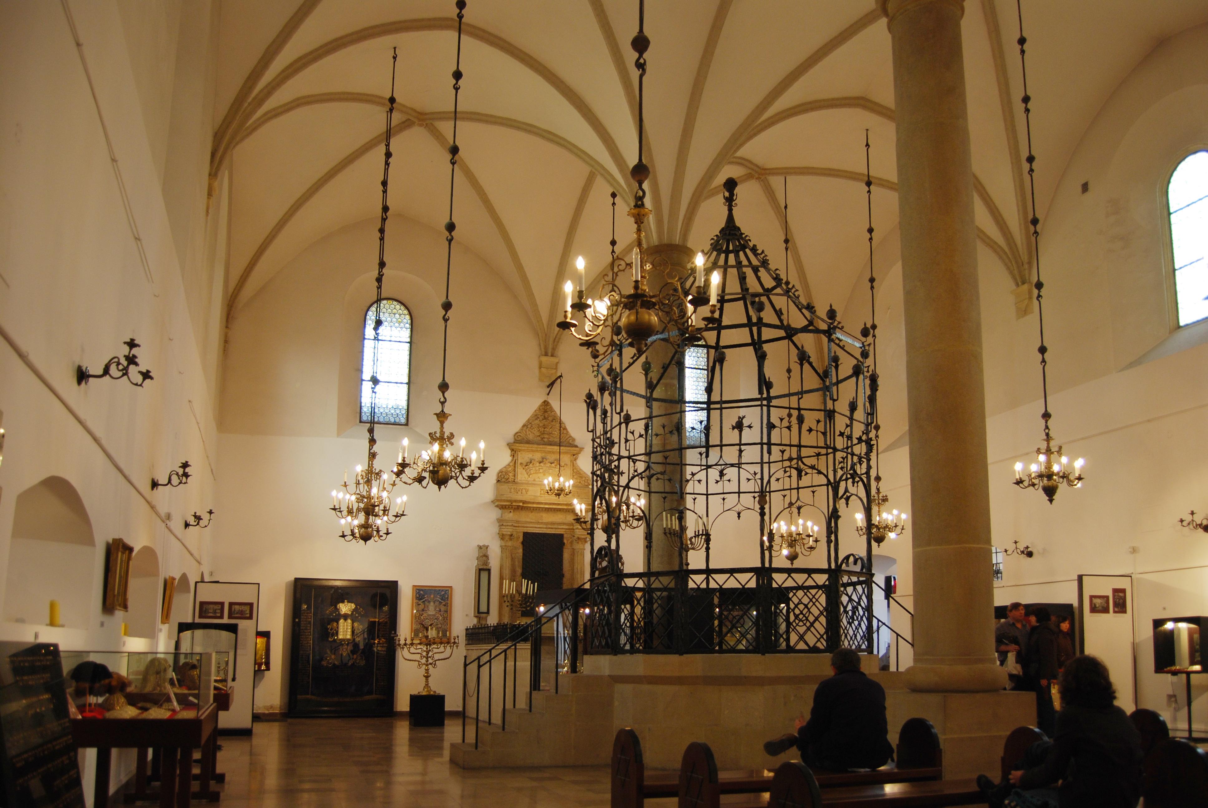 Old-New Synagogue (Staronová synagóga)