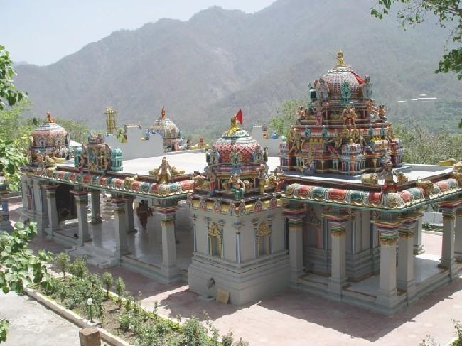 Omkaranand Kamakshi Devi Mandir