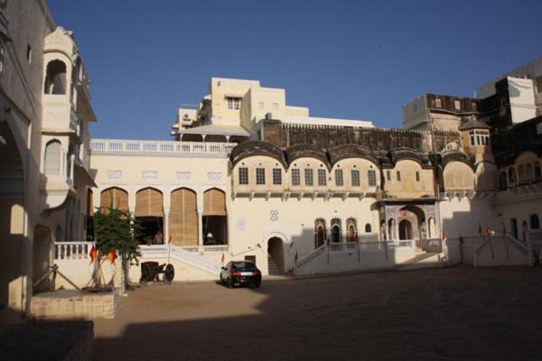 Paawana Haveli Hotel