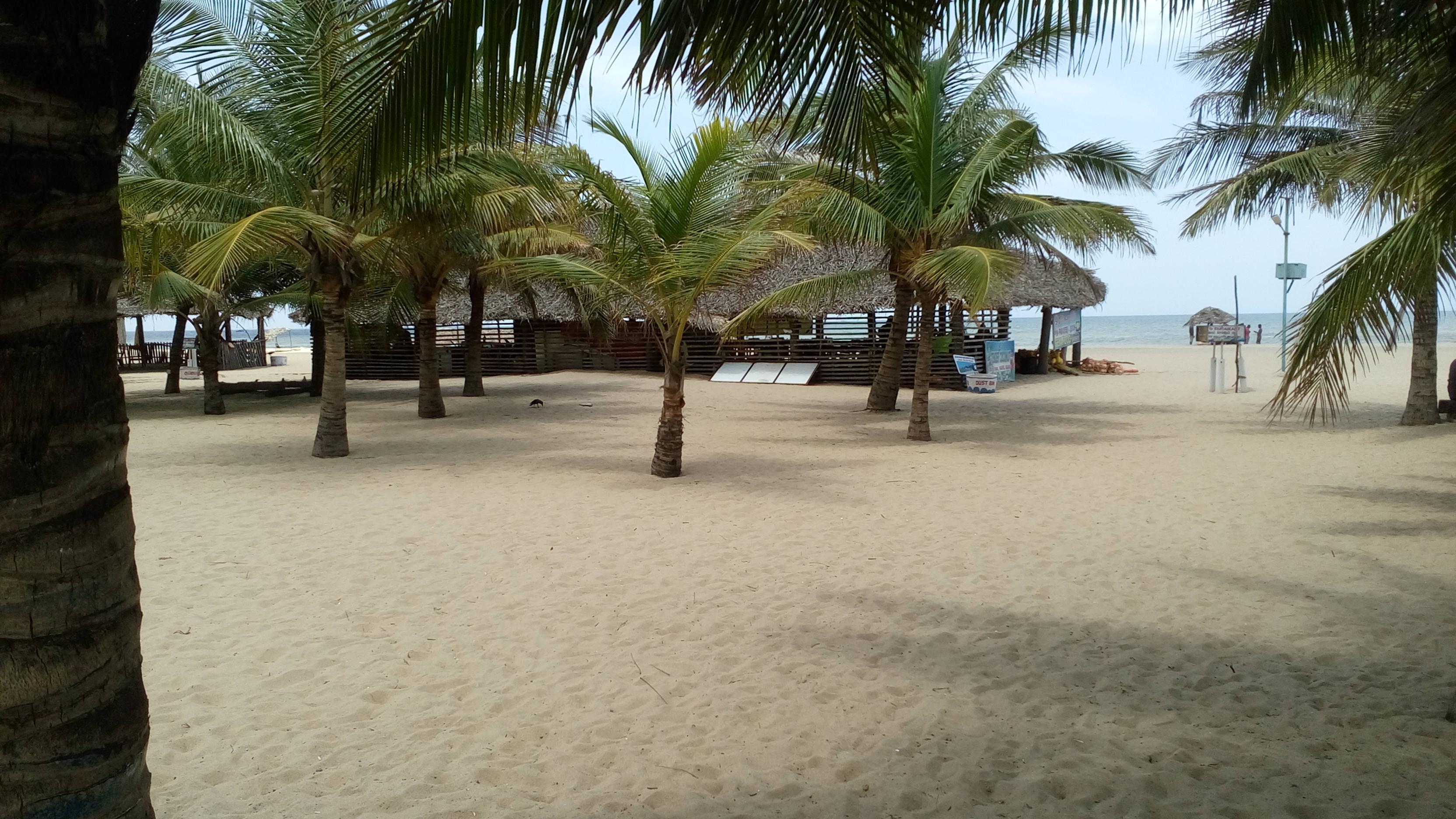 Plage Paradiso (Paradise Beach)