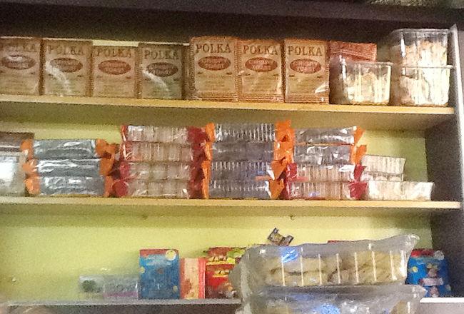 Polka Cakes N Snacks