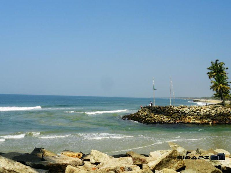 Pozhikara Beach