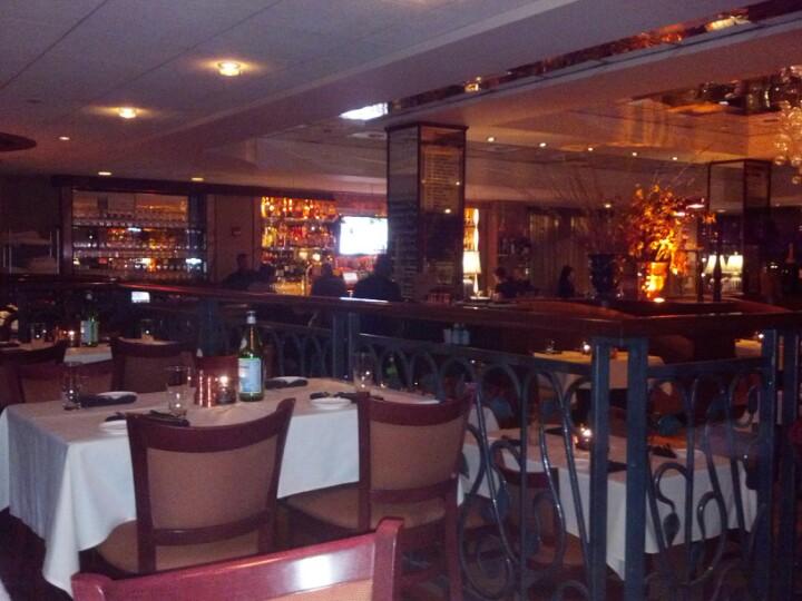 Restaurants near & around world chess hall of fame saint