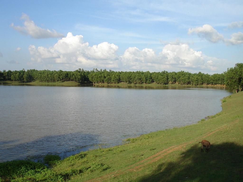 Sengulam Lake