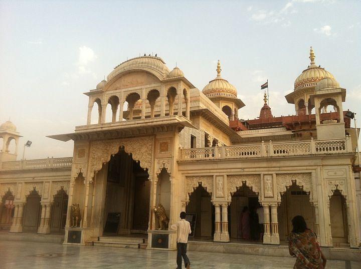Shri Mahaveerji Jain Temple