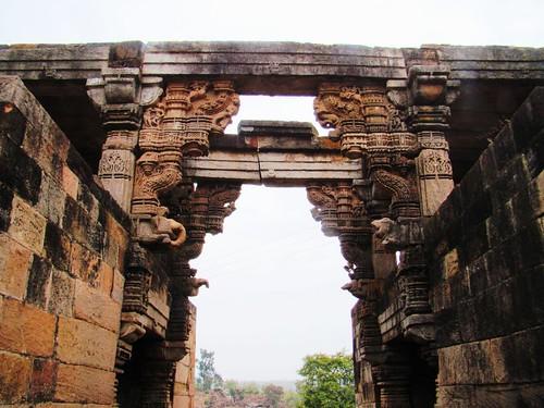 Shri Omkar Mandhata Temple