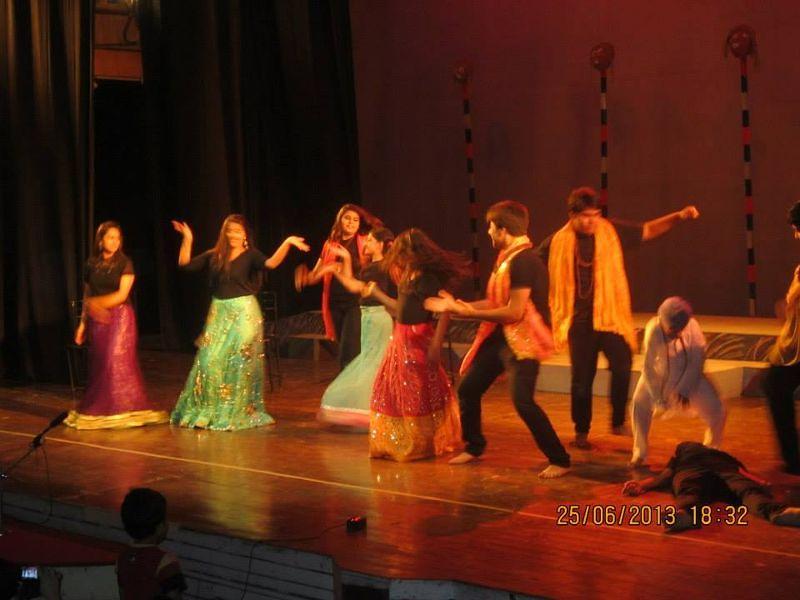 Shri Ram Center For Performing Arts