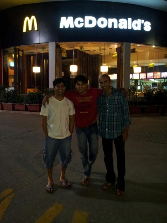 Talegaon Food Plaza