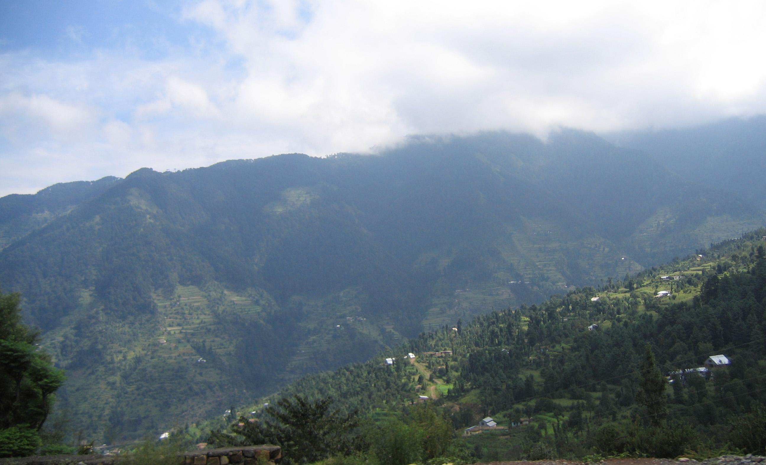 Trekking to Shiva Ghar