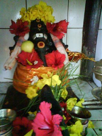 Valampuri Vinayagar Temple