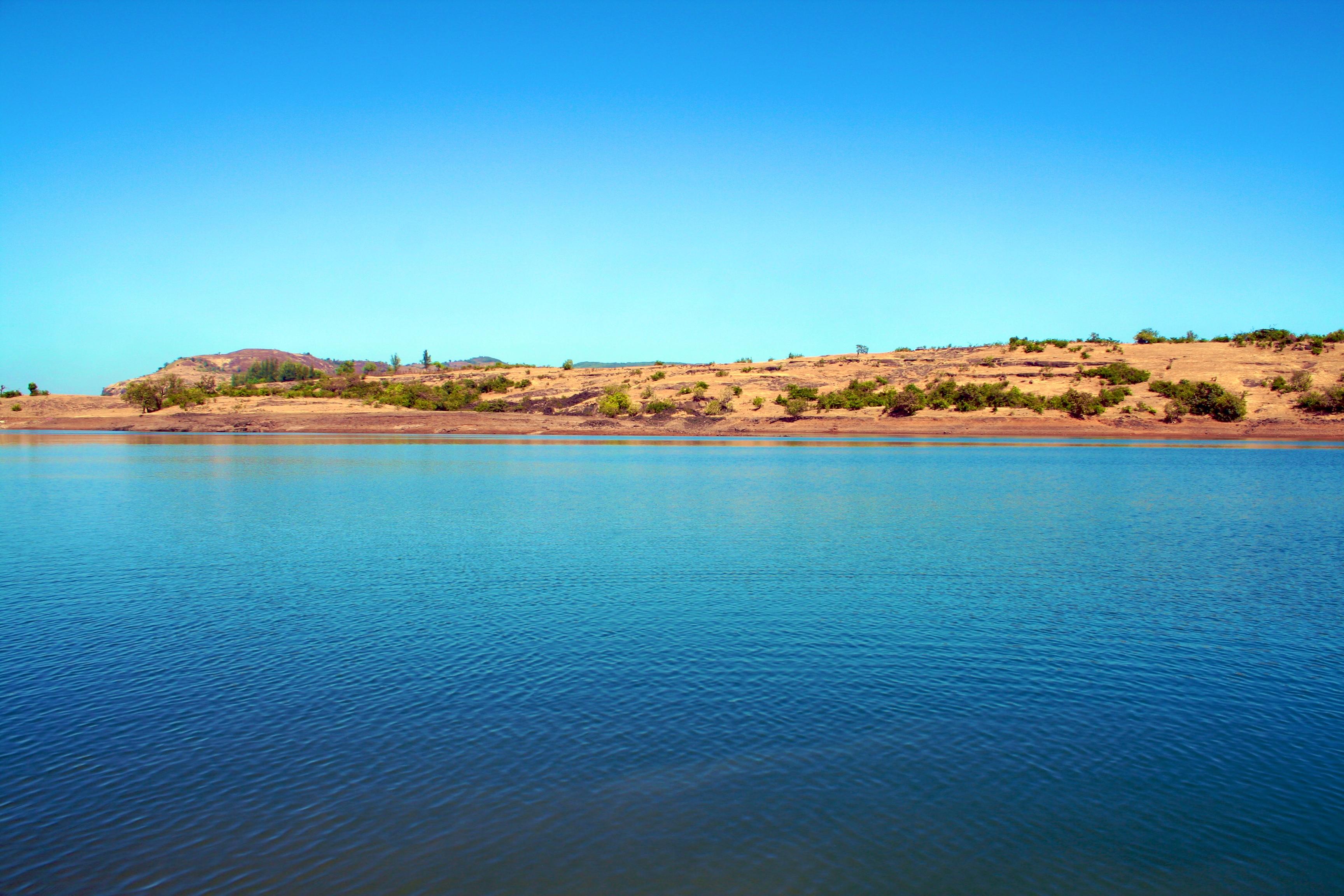 Valvan Lake