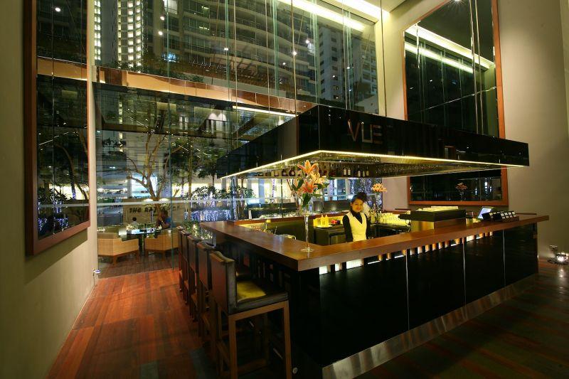 VUE Bar at Hansar Bangkok