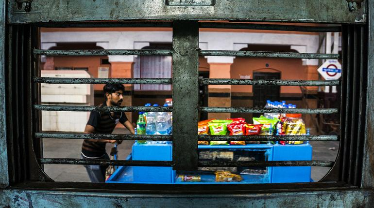IRCTC stalls can now sell food items at platforms