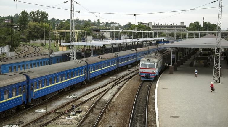 All railway stations to have 100% LED Lighting by March 2019