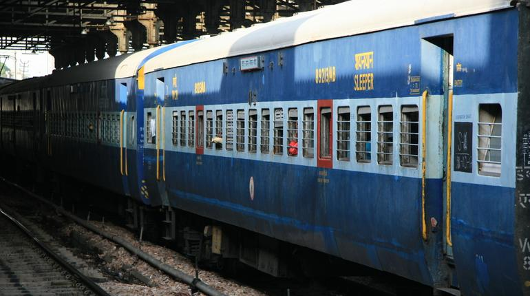 2000 old Indian Railway coaches to get refurbished