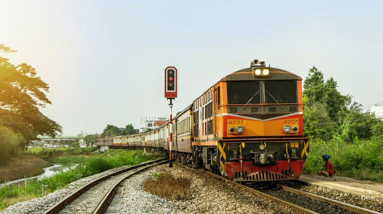 Indian Railways Recruitment 2019: Apply for 2590 Jobs