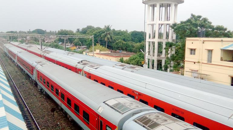 Latest Projects By Indian Railways: New Railways Line, Solar Plants And More