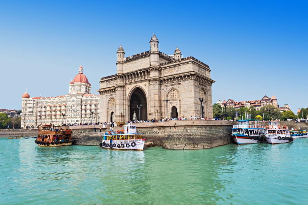 Porto to Mumbai flights