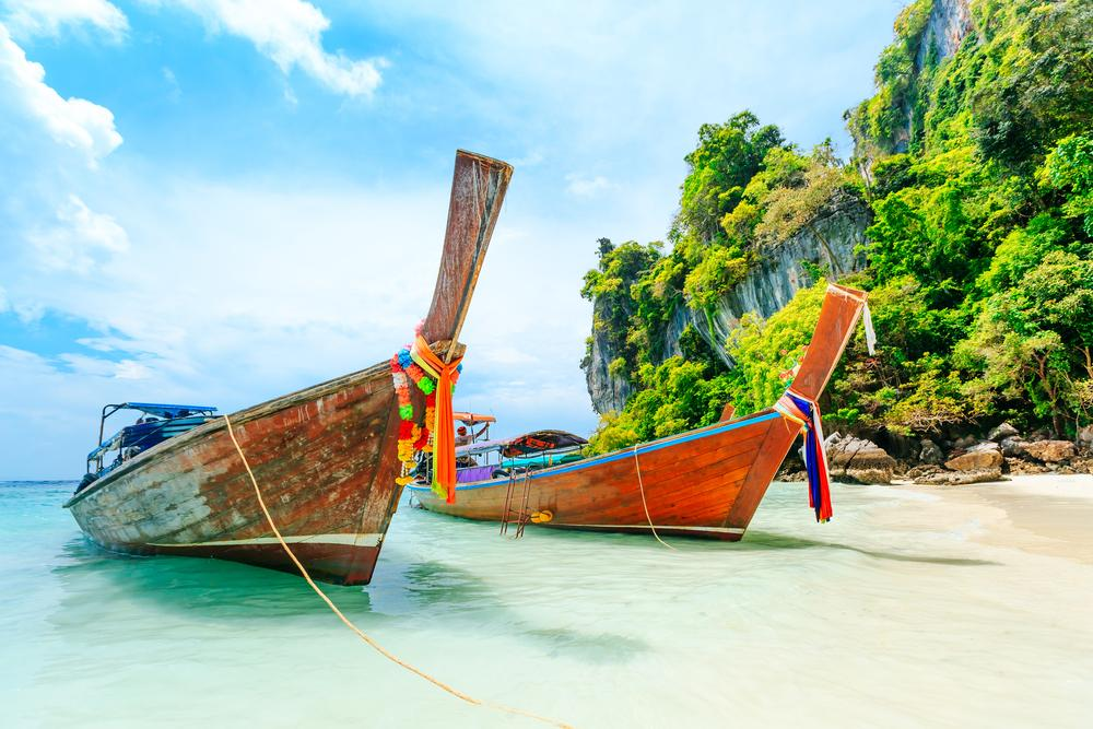 Hong Kong to Phuket flights