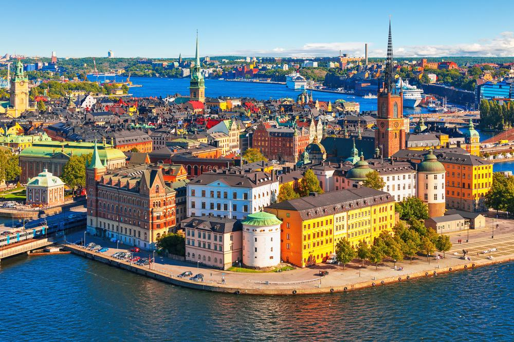 Berlin to Stockholm flights