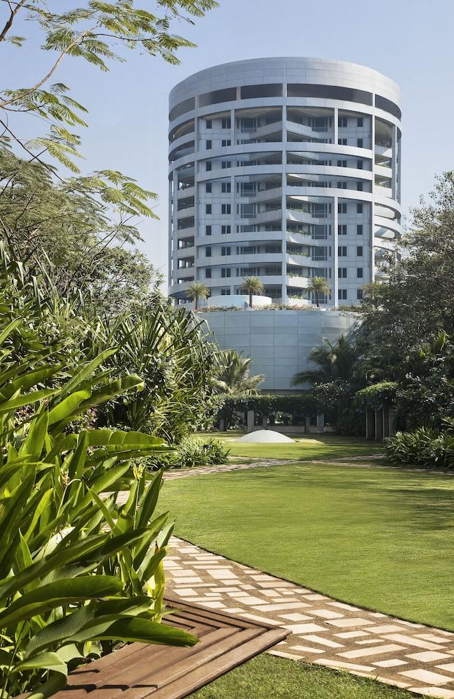 Taj Wellington Mews Luxury Residences in Mumbai