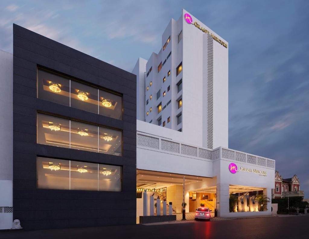 Grand Mercure Vadodara Surya Palace - An Accorhotels Brand in Vadodara