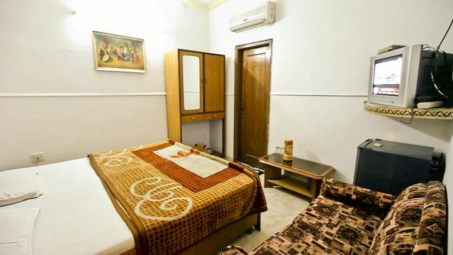 Hotel A J Golden Crescent in Amritsar