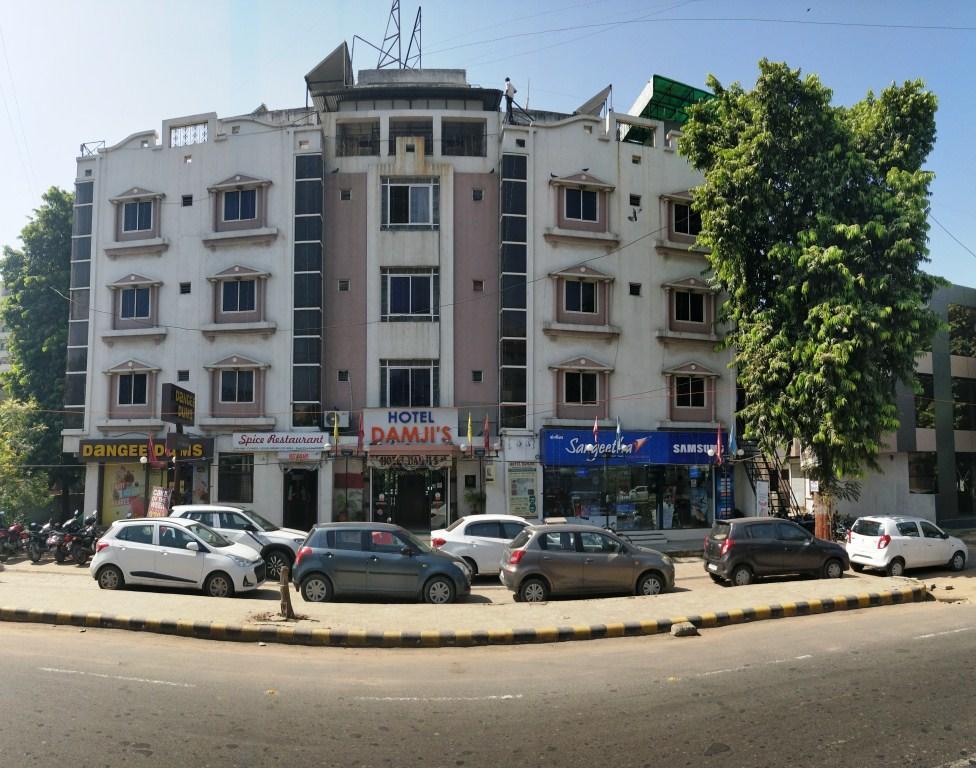 Hotel Damjis in Ahmedabad