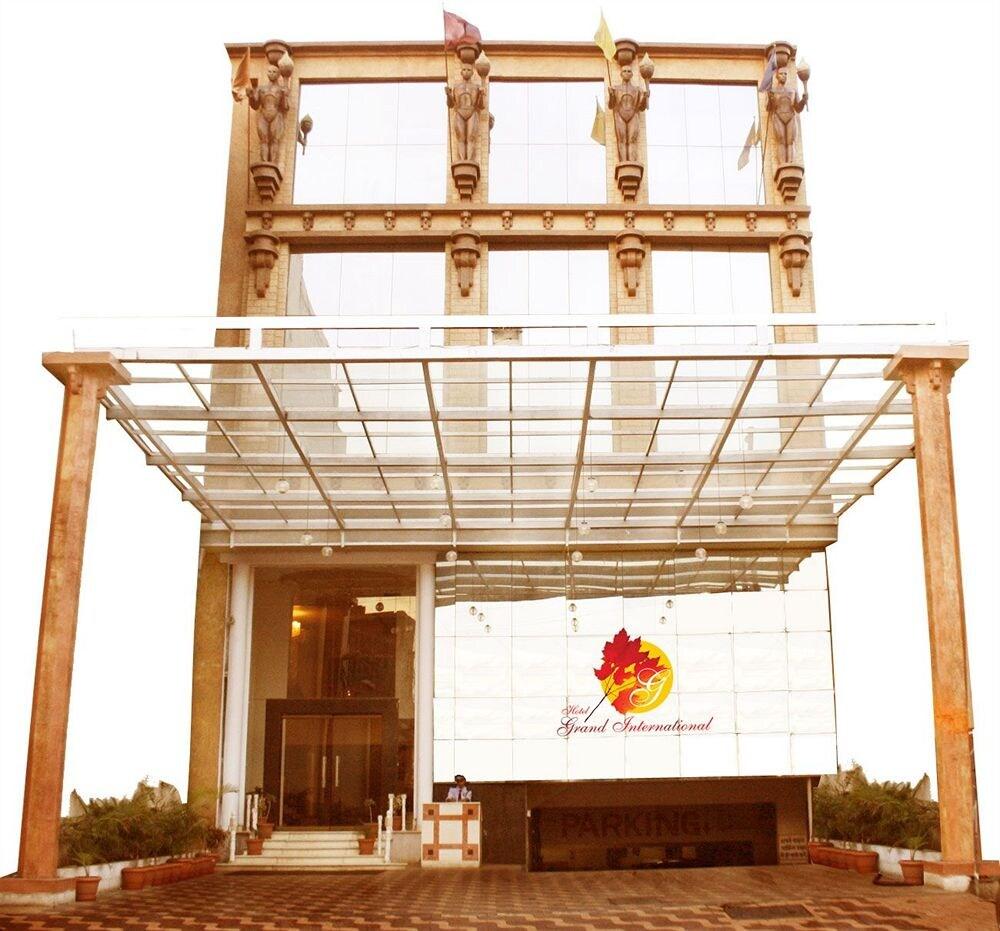 Hotel Grand International in Raipur